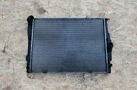 Радиатор охлаждения двигателя BMW E90